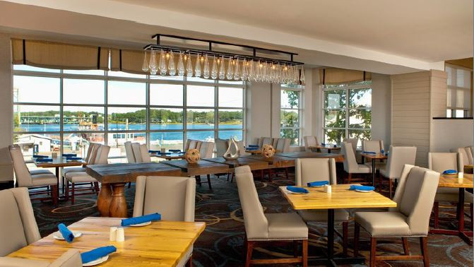 Picture of the restaurant at the Sheraton Harborside Hotel, Portsmouth, New Hampshire, USA
